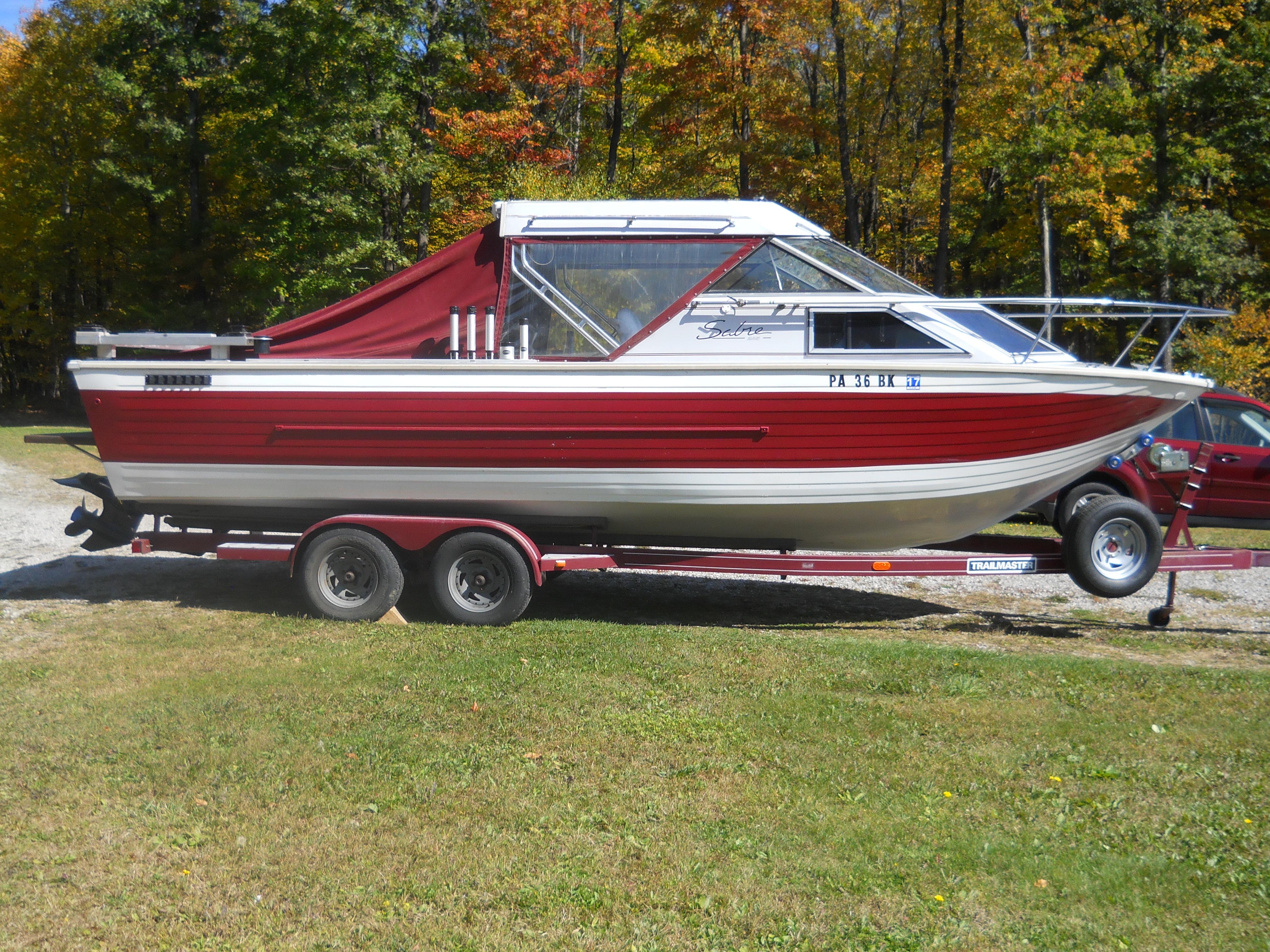 Master Bedroom Oxnard 27 Ft Bayliner Cabin Cruiser Bayliner 2855 Cabin Cruiser