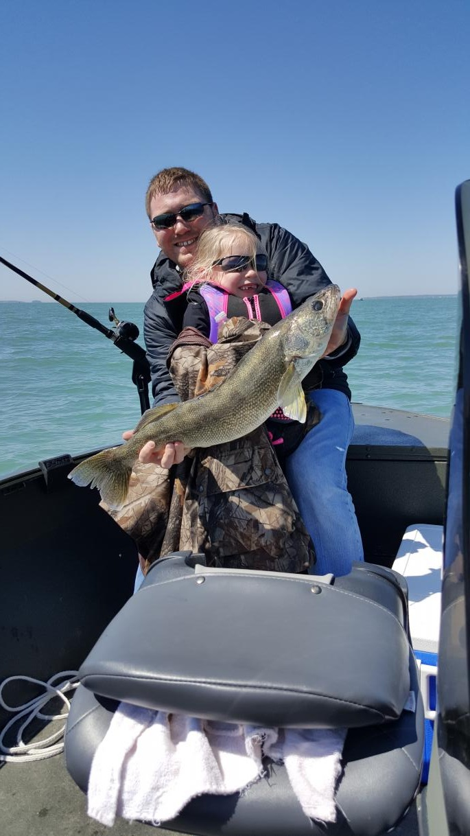 Lake erie fishing charters walleye fishing buy fishing for Walleye fishing gear