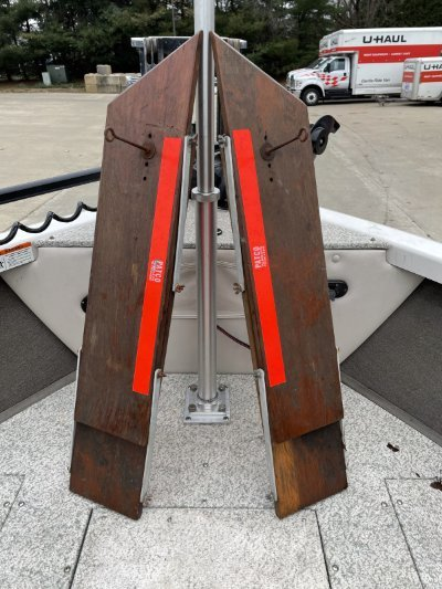 2010 Crestliner Sportfish 2150 SST 23 ft   Gasoline