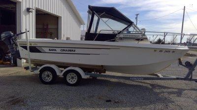 1997 Baha Cruisers 22-8walk around 22 ft   Walleye, Bass, Trout, Salmon Fishing Boat