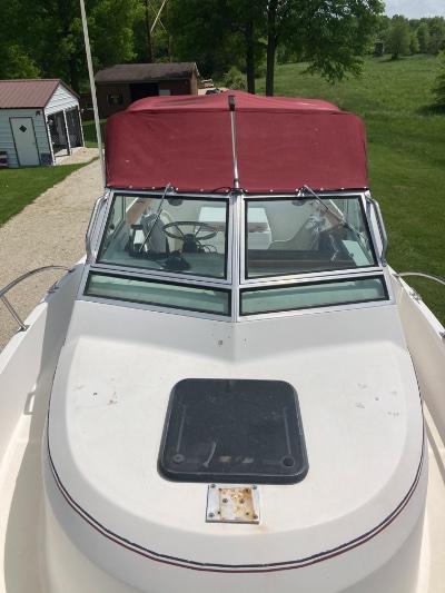 1987 Pursuit 2550 25 ft   Lake Erie