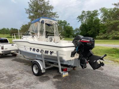 1992 Bayliner Trophy 2002 WA 20 ft | Walleye, Bass, Trout, Salmon Fishing Boat