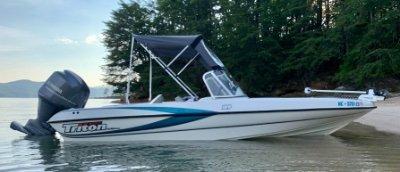 2001 Triton TX189DCF Walleye 19 ft   Walleye, Bass, Trout, Salmon Fishing Boat