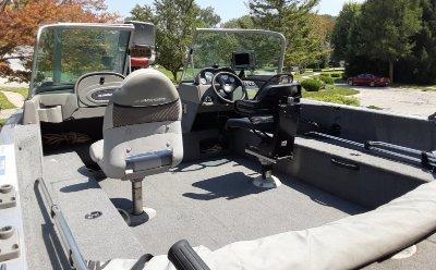 2008 Alumacraft Navigator 175 Sport 18 ft   Walleye, Bass, Trout, Salmon Fishing Boat